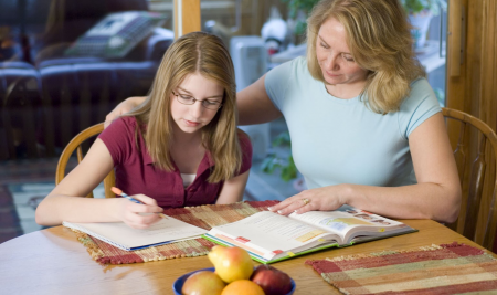 A escola ensina, os pais educam: 7 dicas para alcançar o equilíbrio